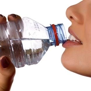 Fazla su içmek zayıflatmıyor!