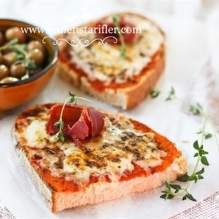 Fırında Kahvaltılık Kaşarlı Ekmek Tarifi