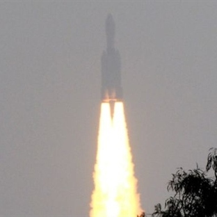 Hindistan Gözünü Uzaya Dikti