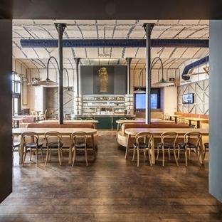 IO Studio'dan Radegast Bar Aydınlatma