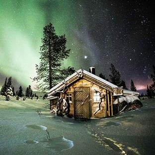 Karların Arasındaki Yalnız Evler
