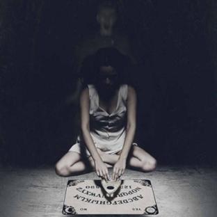 [Kritik] Ouija / Ölüm Alfabesi : Arkadaş Selamı
