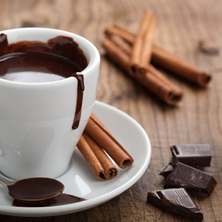 Meksika Usulü Sıcak Çikolata
