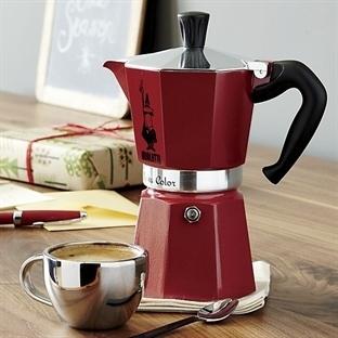 Moka Cezvesi ve Kahve Yapımı