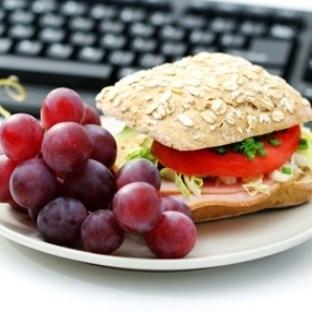 Ofiste hızlı yemek Şişmanlatıyor