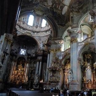 Prag'da yer alan ünlü kiliseler