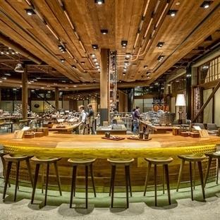 Starbucks'tan 1.500 Metrekarelik Dev Mağaza