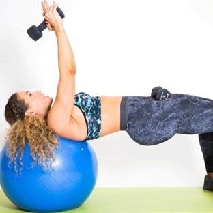 Tüm Vücudu Bomba Gibi Yapan Tek Pilates Hareketi