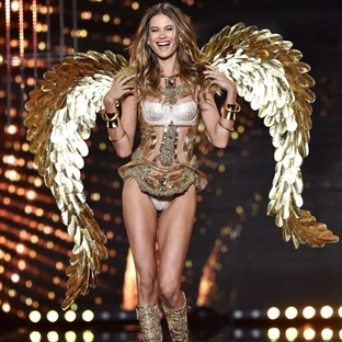 VICTORIAS'S SECRET 2014 DEFİLESİ LONDRA