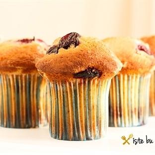 Vişneli ve Portakallı Muffin