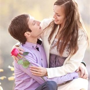 14 Şubatı Sevgilisiz Geçirebilme Rehberi