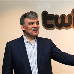 Abdullah Gül'e Twitter Protestosu