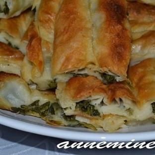 Anneminelinden Klasik Ispanaklı Yufka Böreği