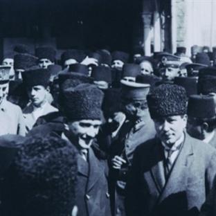 Atatürk İle Güreşçi Mehmetçik