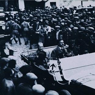 Atatürk İzmit Yolunda
