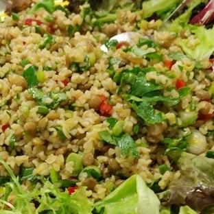 Bulgurlu Yeşil Mercimekli Salata