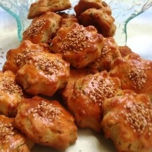 Dereotlu peynirli tuzlu kurabiye