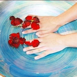 Ellerin Güzel Ve Bakımlı Olması İçin Soğuktan Koru