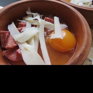 Güveçte Yumurta tarifi