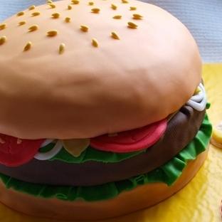 Hamburger Pastası Tarifi