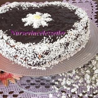 Kakaolu Pudingli Pasta Kek Tarifi