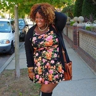 Kilolu Kadınlar da Modayı Takip Eder!