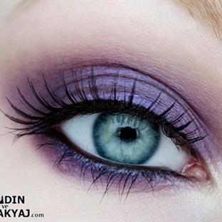 Menekşe Tonu Göz Makyajı Yapımı