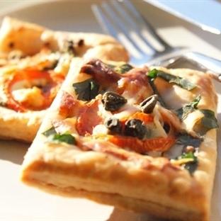 Milföy Hamuruyla Mini Pizza