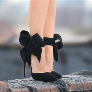 Modası Geldi: Bow Pumps