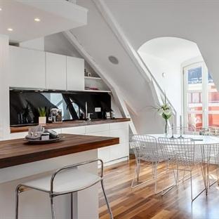 Modern Çatı Katı Dairesi Dekorasyonu