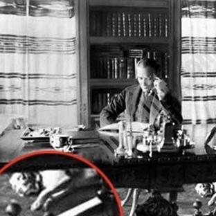 Mustafa Kemal Atatürk ve köpekleri