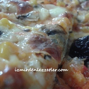 İnce Hamurlu Pizza