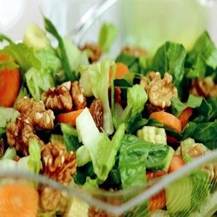 Otlu Şarküteri Salatası Tarifi