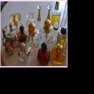 Parfüm Şişesi Koleksiyonu