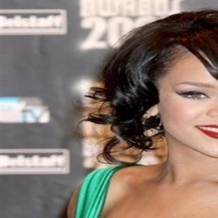 Rihanna Kıyafetleri 2014