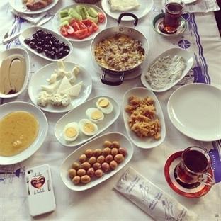 İrVan Kahvaltı Sofrası, SAMATYA