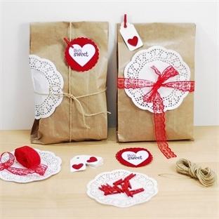Sevgiliye Hediye Sunumu / paketleme