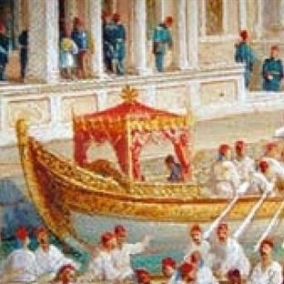 Venedik'te Gondol–Haliçte Kayık Sefaları