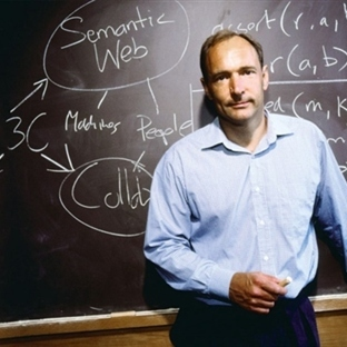 World Wide Web'in mucidi: Tim Berners Lee