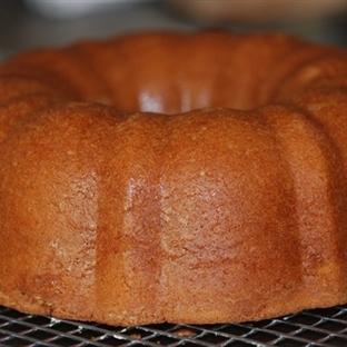 Yoğurtsuz Sütsüz Kolali Kek