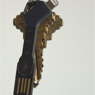 Anahtarlık Şeklinde Minik Şarj Cihazı