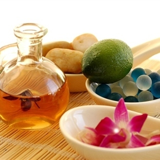 Aromaterapi ve Esansiyel Yağlar