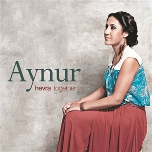 Aynur World Music Charts Europe'da 3 Numara