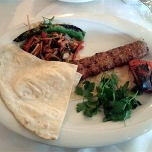 Batılı Mekan, Doğulu Yemekler: ZerafEt Restaurant!