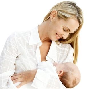 Bebeklerin kusmasının nedenleri