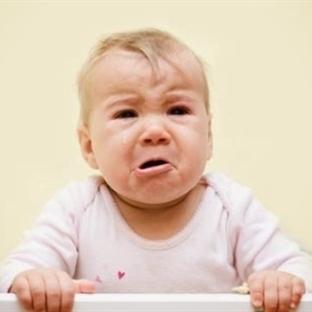 Bebekte İnatçı Ağlama Niye?