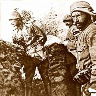Çanakkale Savaşlarında Atatürk ve Bir Türk Askeri