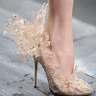 Dantelli gelin ayakkabı modelleri