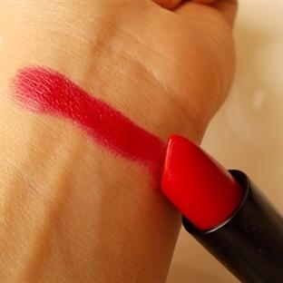 Essence Long Lasting Lipstick - 03 Dare to Wear