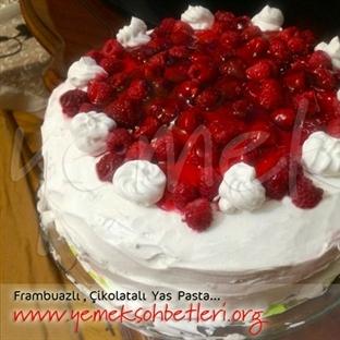 Frambuazlı yaş pasta